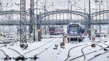 přestup, terminál, autobus, vlak, MHD